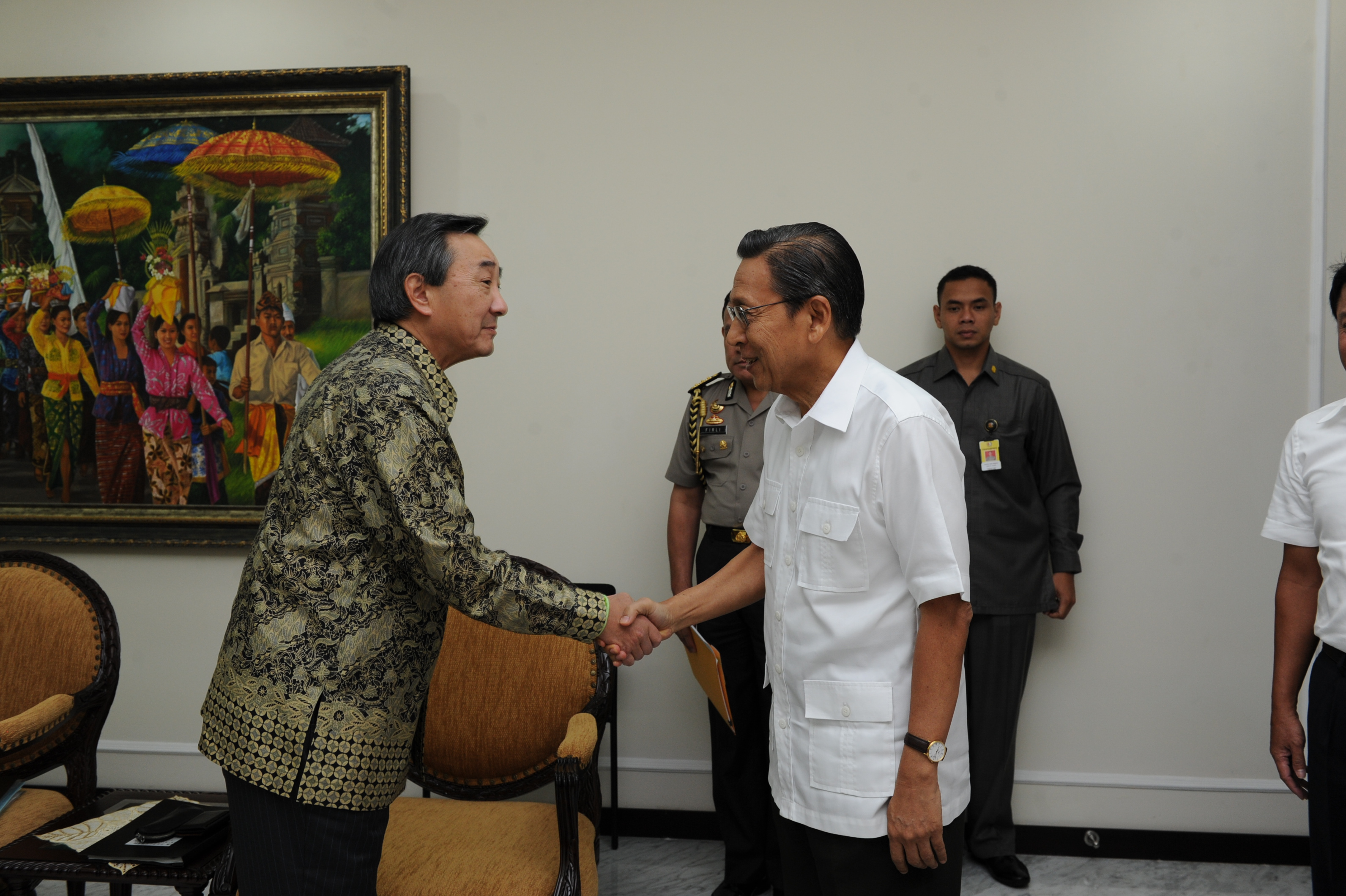 Mr. Asada (Chairman of the Board of Marubeni Corporation) visited the Vice President of Republic of Indonesia