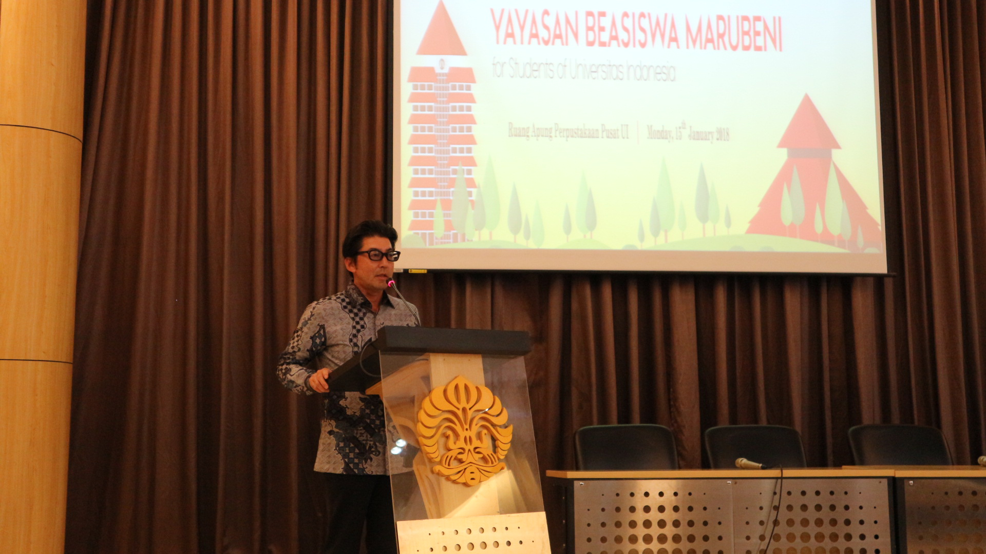 President Director of PT Marubeni Indonesia Mr. Tomofumi Fukuda give speech to audience at University of Indonesia